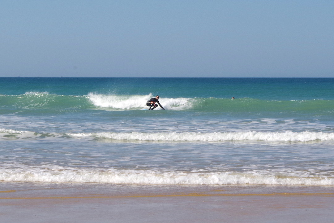 A picture of Son of a Beach surfing on Fontanilla Beach in Conil de la Frontera