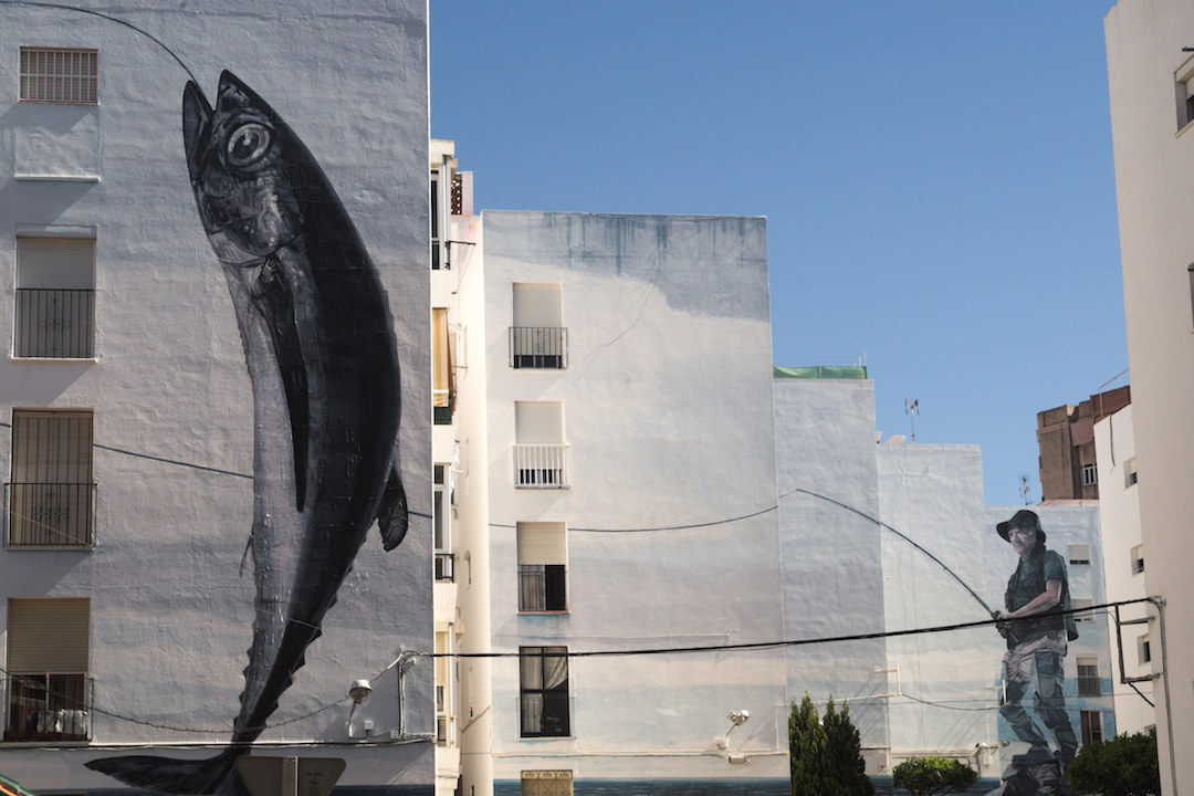 A picture of fish mural in Estepona