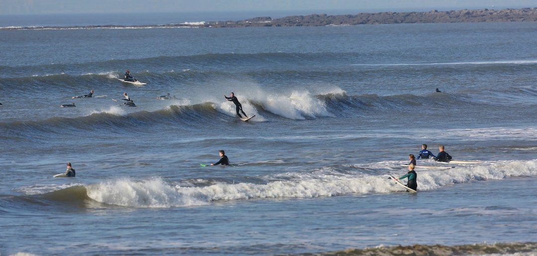 Rest Bay surfing